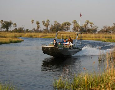boating safaris with endeavour safaris